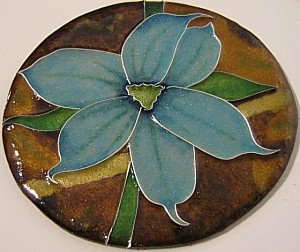 cloisonne flower blue-eye